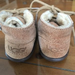 Infant uggs size small
